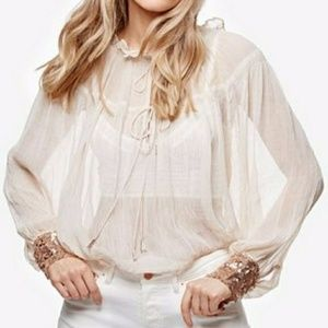 (NWT)Free People Dream Cuff Petal Blouse